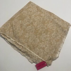 👓 Betsey Johnson beige large scarf wrap up NWT